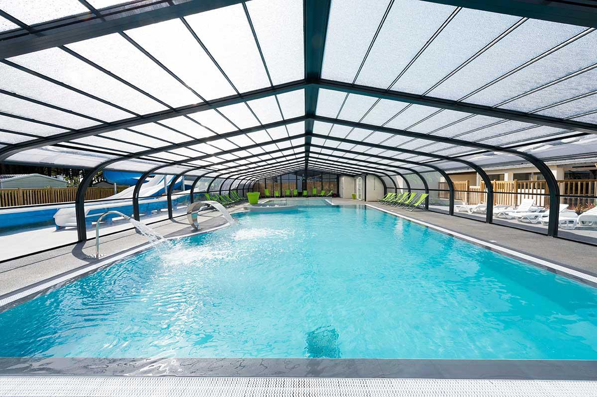 Galeries photos constructeur de piscine en vend e pool for Constructeur de piscine