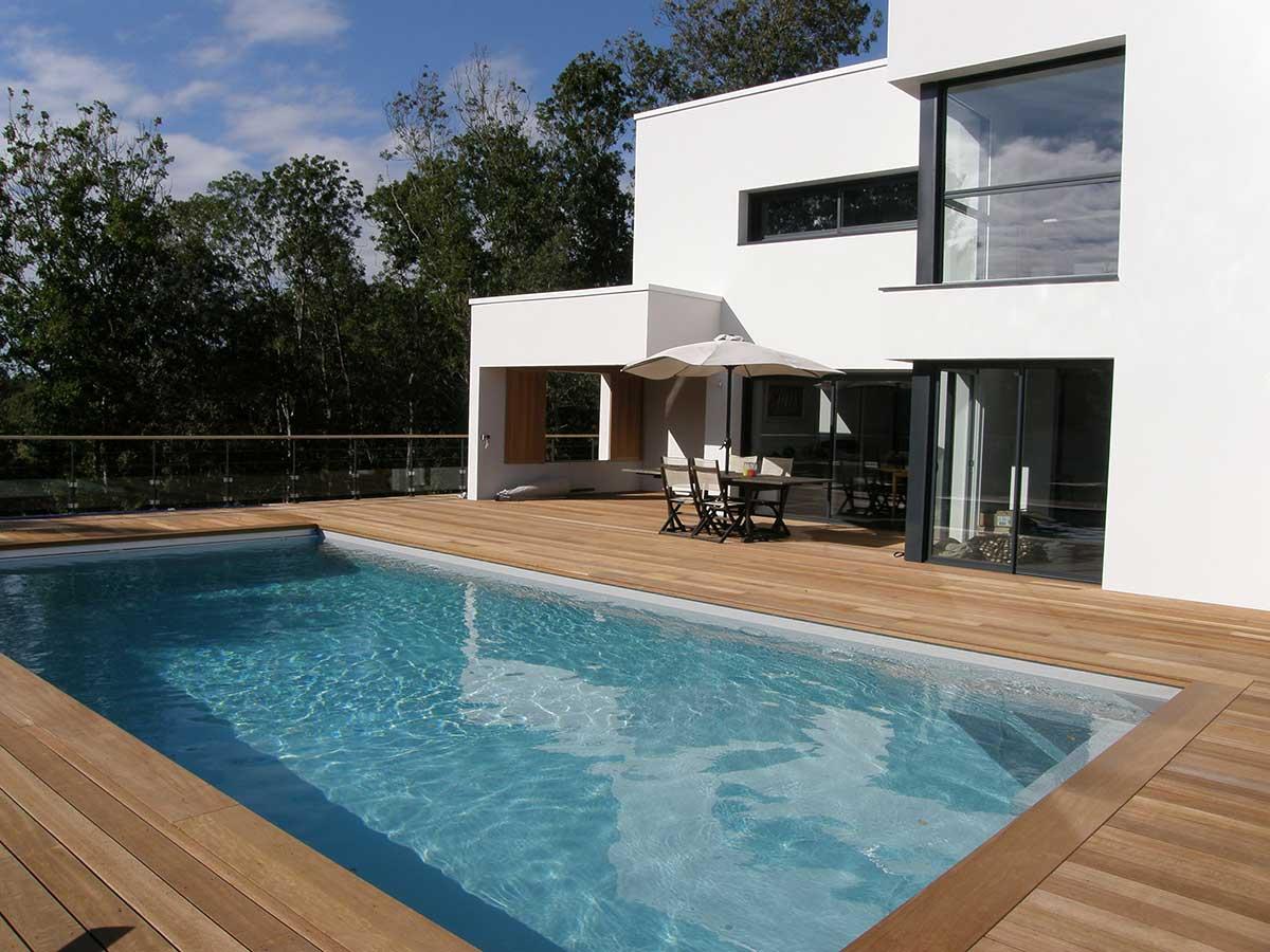 maison piscine terrasse bois