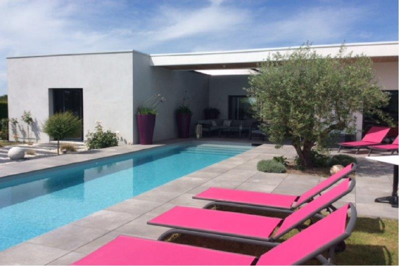 piscine près de Les Clouzeaux