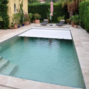 volet accessoire pour piscine aux Sables d'Olonne