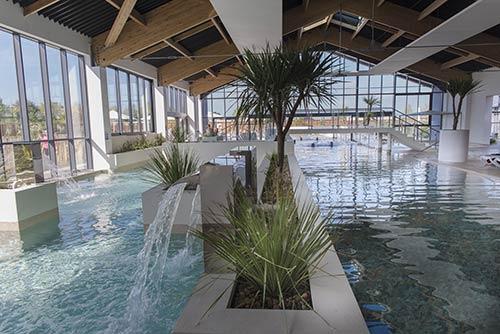 Construction de piscine intérieure de collectivité