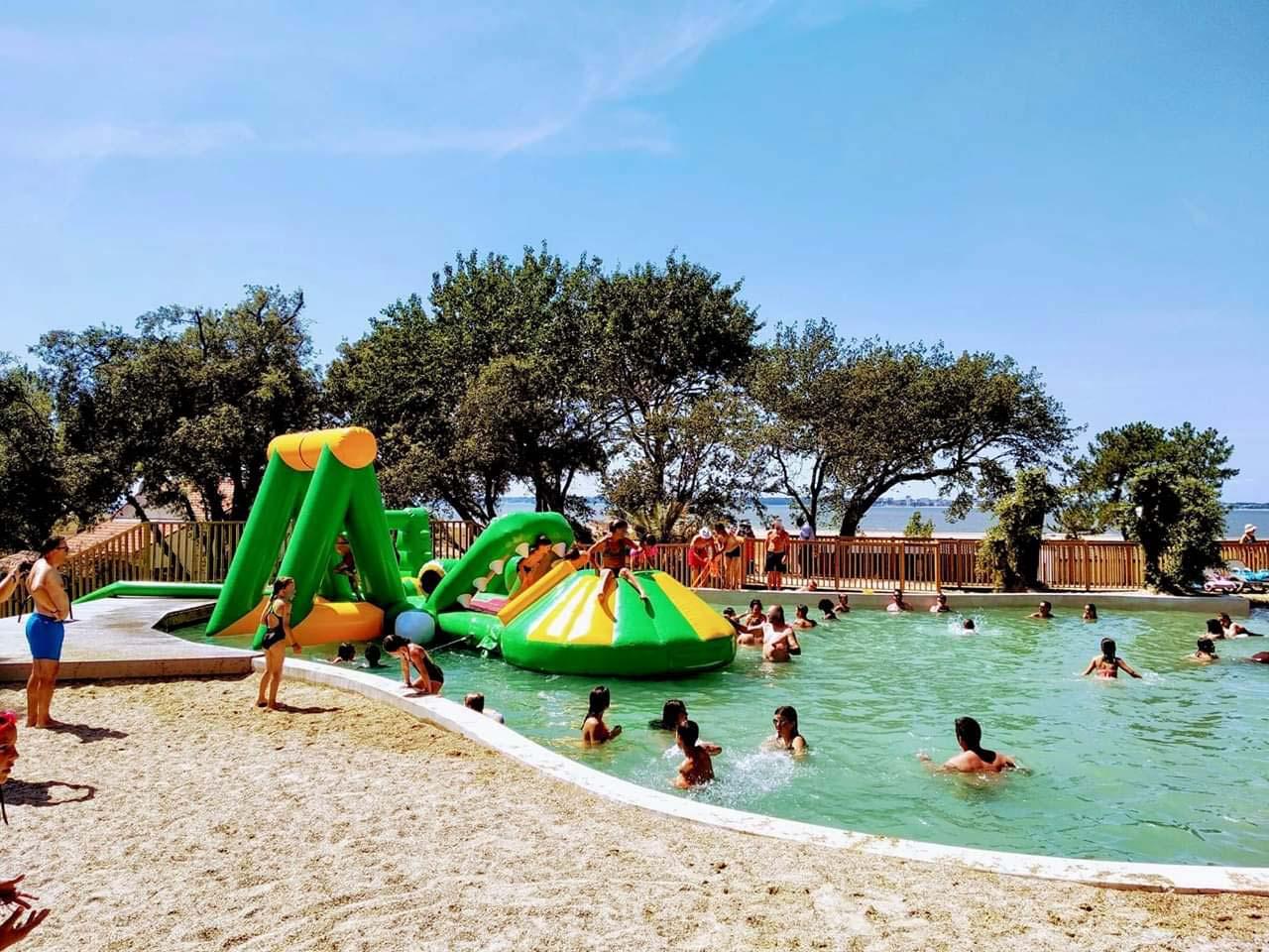 piscine à fond de sables 3