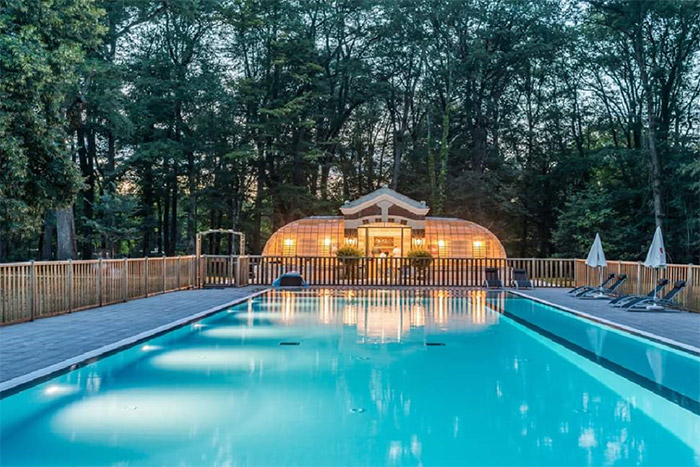 réalisation constructeur piscine à débordement Nantes