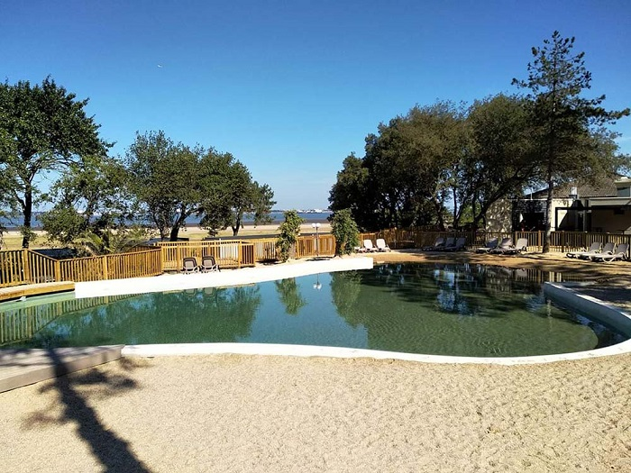 Piscine à fond de sable Montaigu