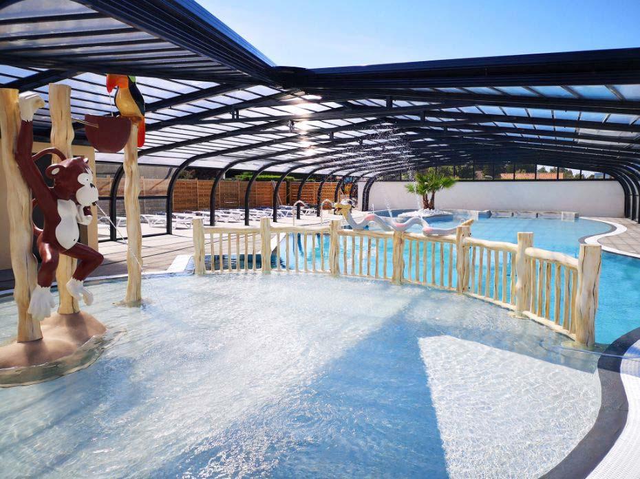 piscine collective - jeux d'eau